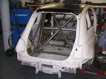 Fiat 500 racing scocca roll bar by Leone Motorsport