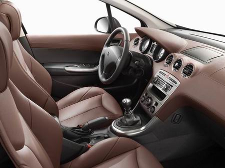 Peugeot 308 abitacolo