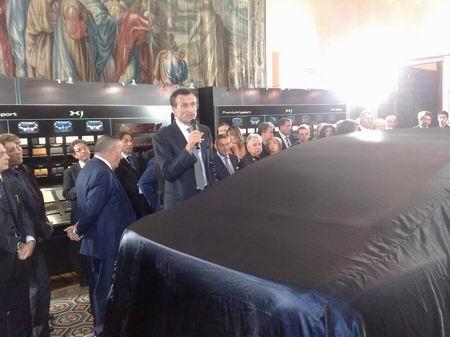 Daniele Maver, presidente di Jaguar Italia, presenta la nuova XJ