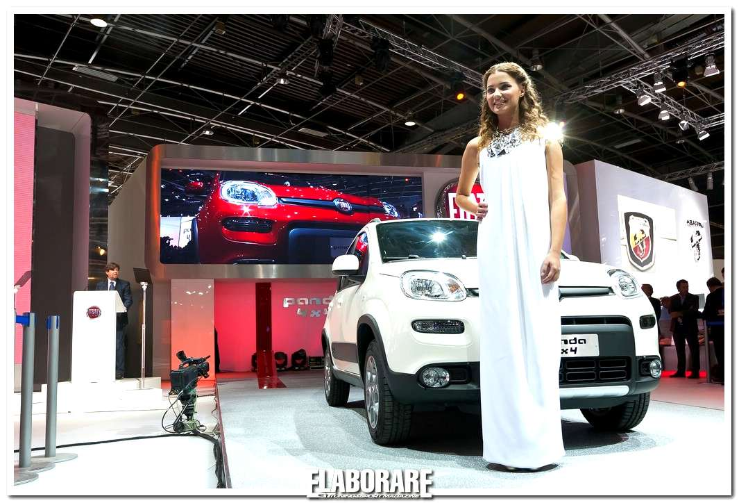 Photo of Miss Italia e nuova Fiat Panda a Parigi