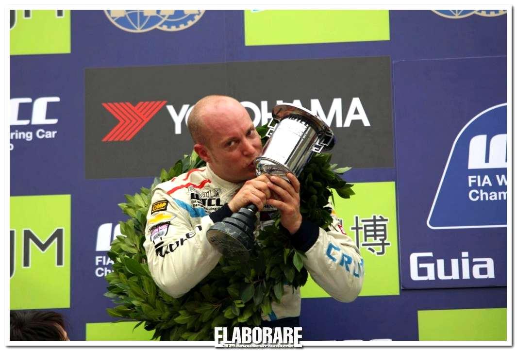Photo of Rob Huff è Campione del Mondo WTCC