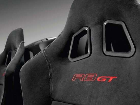 interni alcantara Audi R8 GT Spyder/Detail