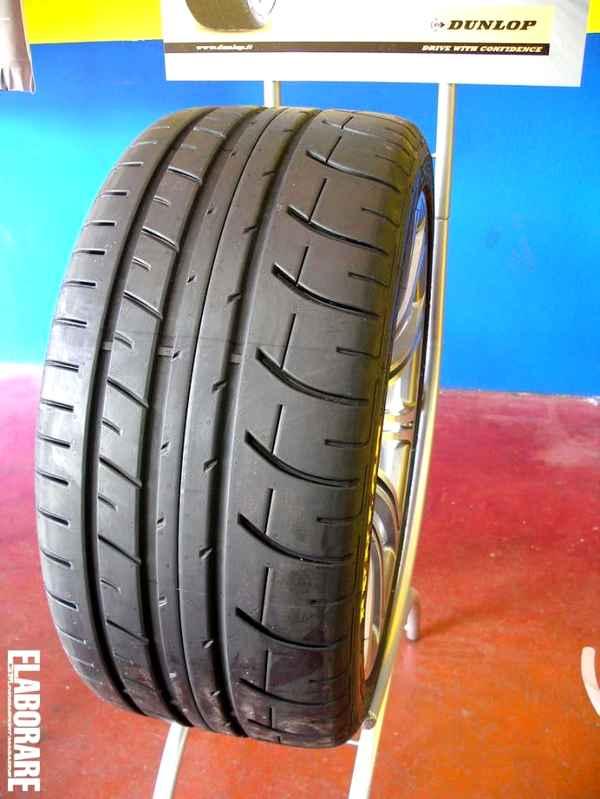 Photo of Dunlop Sport Maxx Race