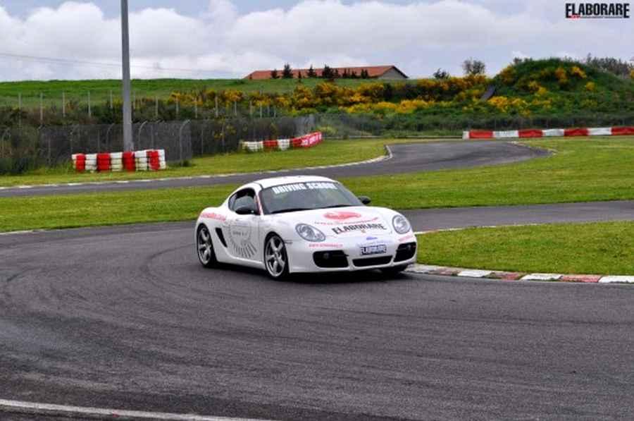 Agr_motorsport_Porsche04
