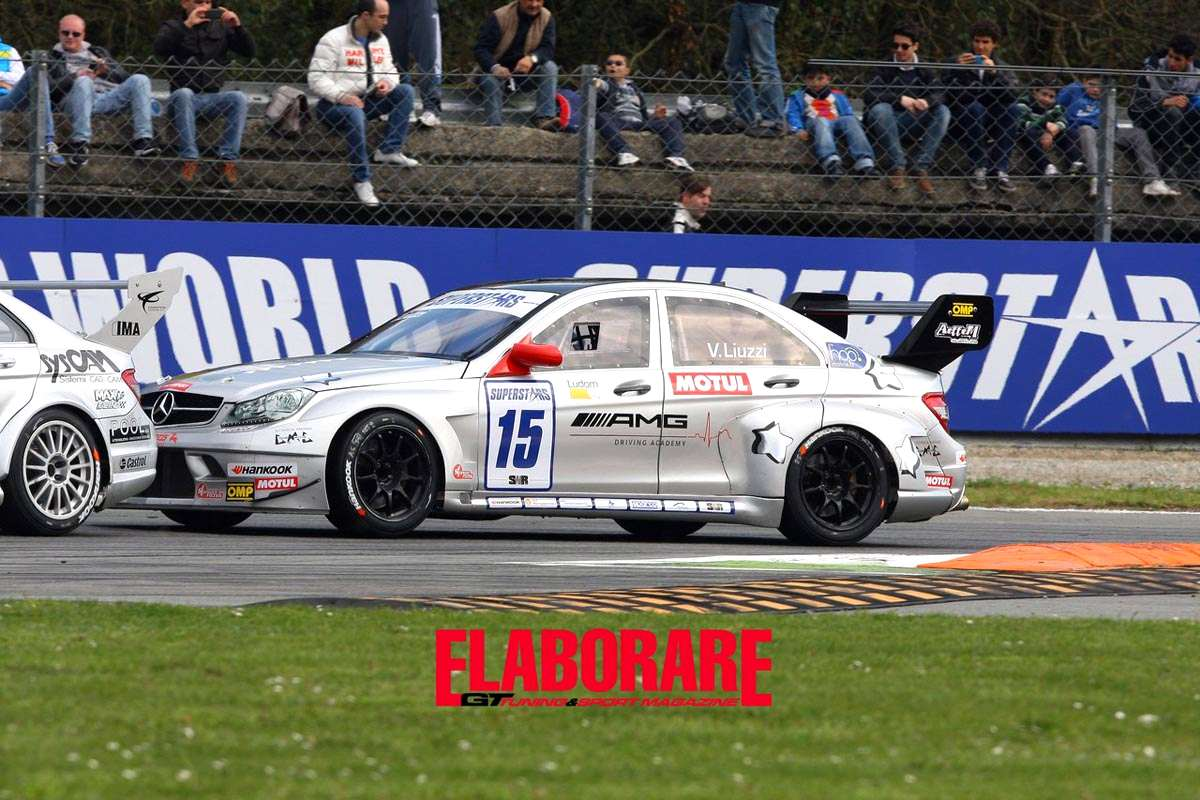 Photo of Mercedes C63 AMG domina qualifiche Slovakia Ring