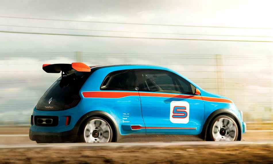 Photo of Twingo trazione posteriore ROMBO del 3.5 V6!
