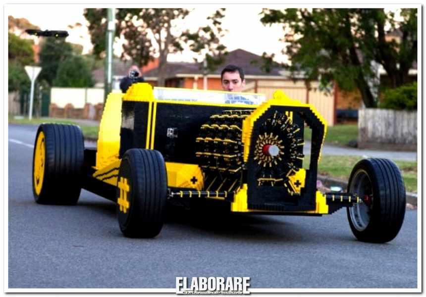 Photo of Auto elaborazione con mattoncini Lego