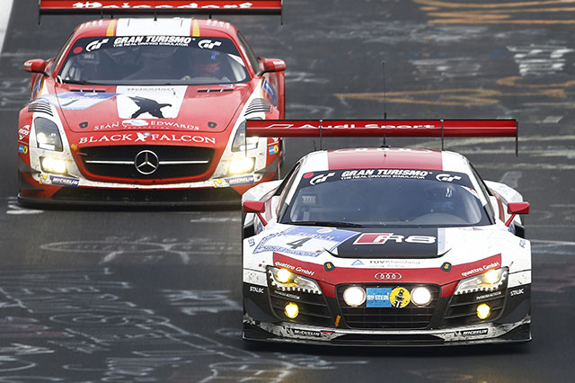 Photo of 24 Ore Nurburgring 2014 con Audi e Mercedes