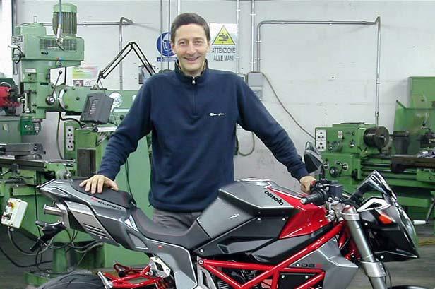Photo of Sergio Robbiano padre della Ducati 916 [lutto]