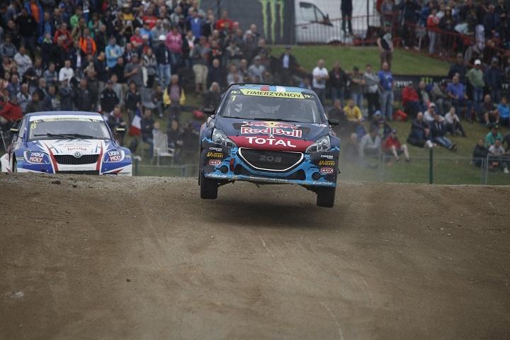 Photo of Peugeot a podio nel Rallycross