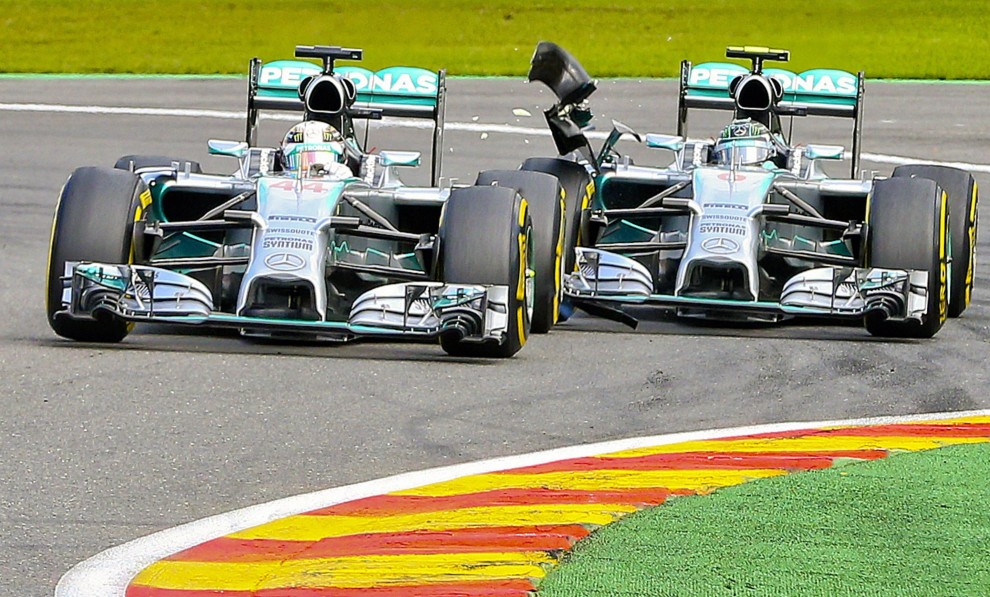 Photo of Guerra Mercedes Gp Belgio 2014