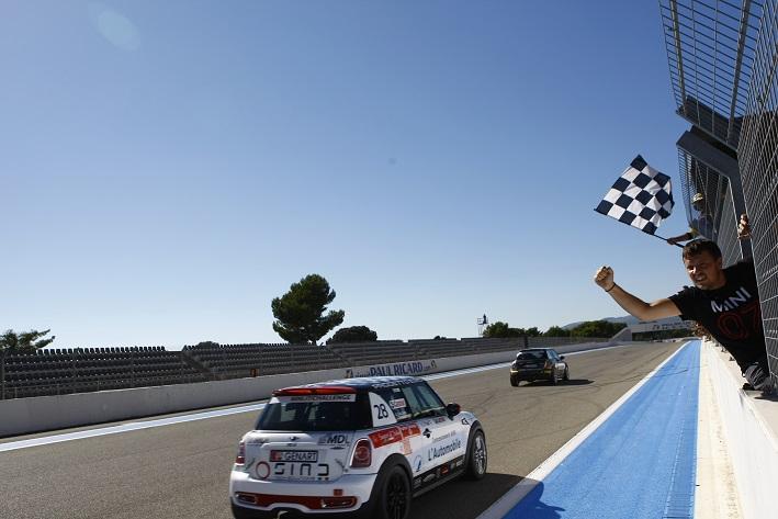 Photo of Gara 2 Le Castellet Mini Challenge 2014