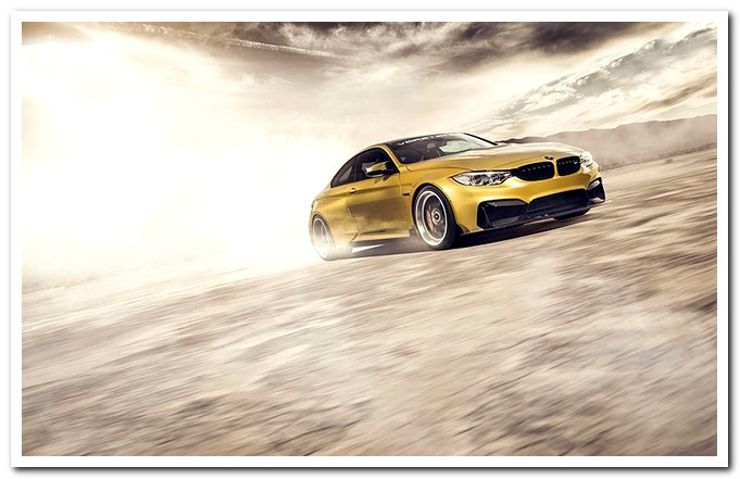 BMW-M4-GTRS4-Vorsteiner-top-tuning