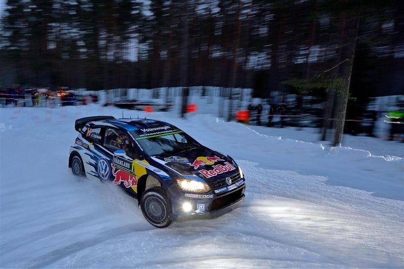 Photo of Polo R WRC 2015 Volkswagen sfreccia in Svezia