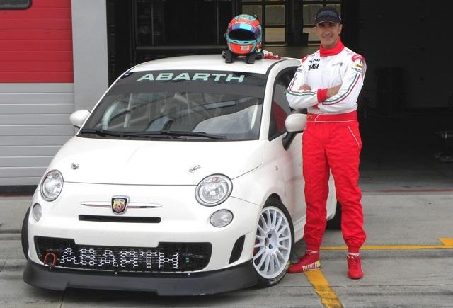 Photo of Abarth 695 Assetto Corse Endurance 215 CV