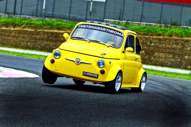 "Photo of Fiat 500L ""Ducati"" 130 CV test in pista Isam"