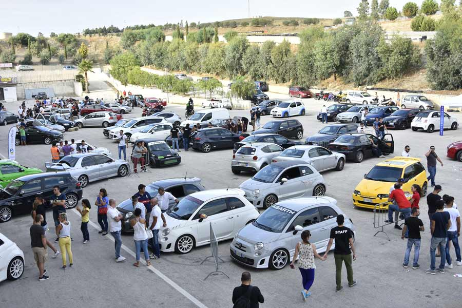 Photo of Raduni Motori Tuning Aprile Calendario Date