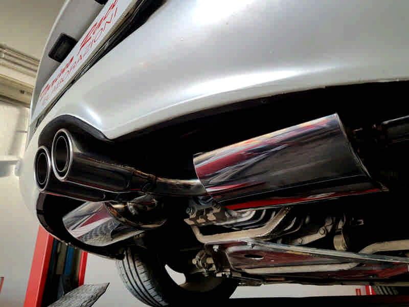 Photo of Porsche Boxster 3.2S elaborazione estetica e meccanica