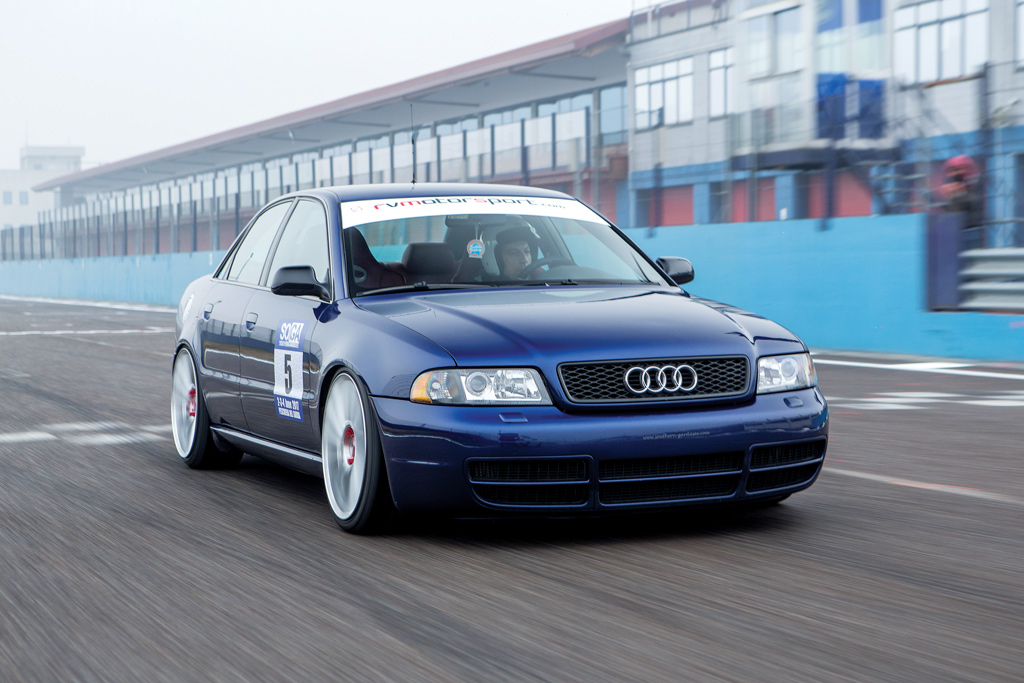 Photo of Audi S4 B5 preparazione 482 CV