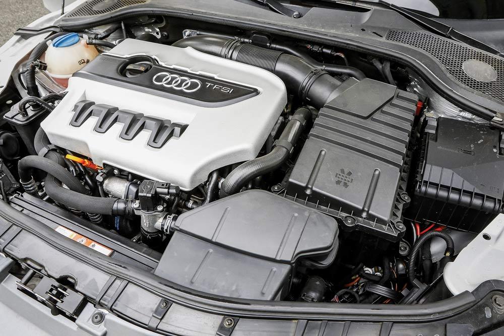 Audi TTS 2.0 TFSI S-Tronic motore