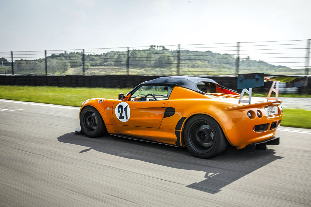Lotus Elise 111 S posteriore test drive