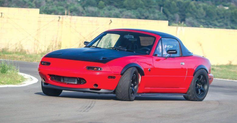 Mazda MX-5 NA elaborata 346 CV con preparazione Autech