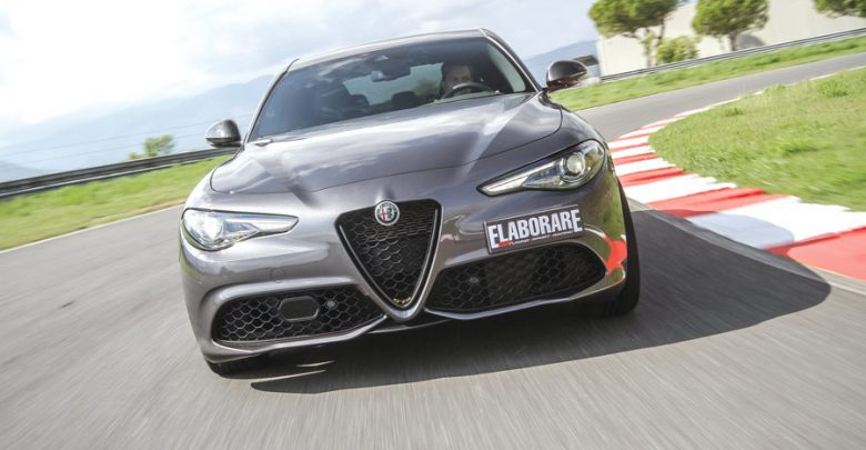 Alfa Romeo Giulia Veloce su Elaborare Dicembre n° 255 2019