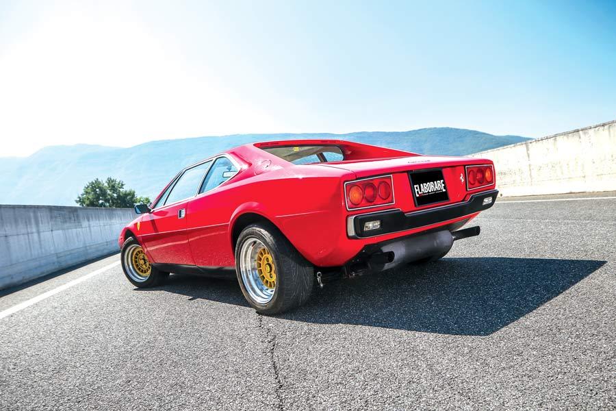 Ferrari Dino 208 GT4 auto sportiva storica elaborata - posteriore
