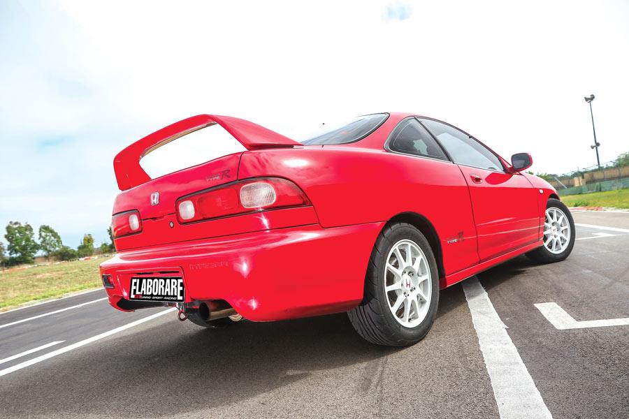 Honda Integra Type R elaborata 480 CV con preparazione - posteriore