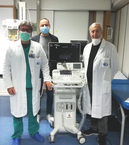Magicmotorsport consegna un ecografo al Covid Hospital di Partinico