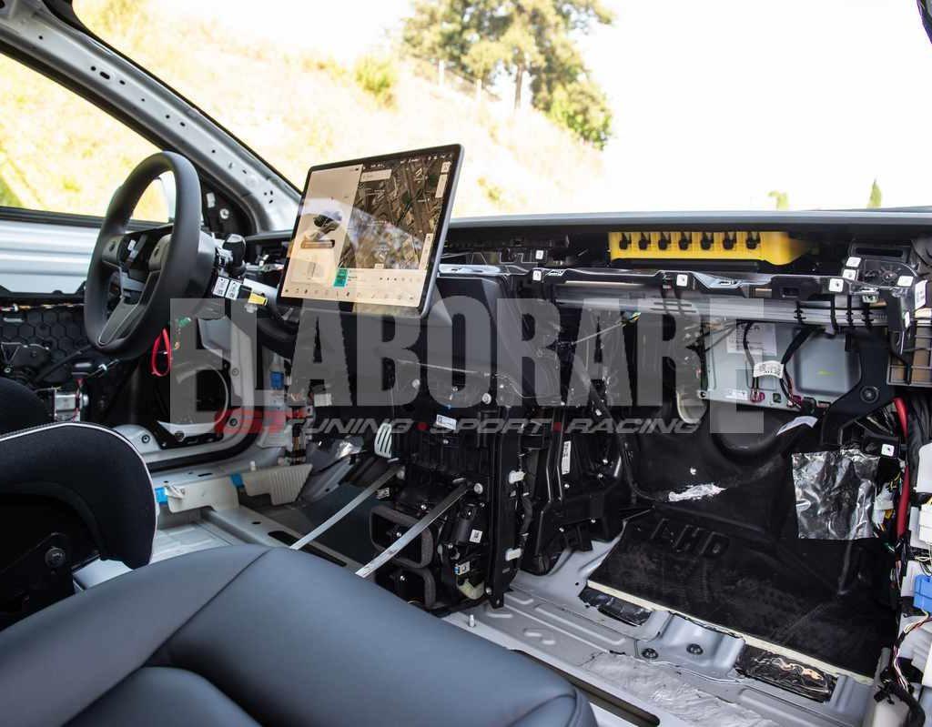 Tesla Model 3 Performance E-STC - interni